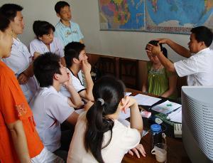 王一丁在烟台授课
